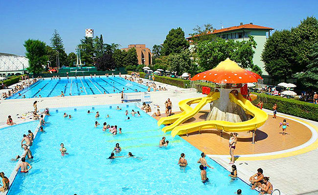 Ecco tutti gli eventi estivi della piscina guatelli di for Piani di progettazione della piscina